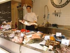 Loch Fyne, the local Fishmonger in Wimbledon village became my spot of choice for buying fish while at Wimbledon this year.