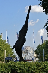 Sculpture depicting the ideals of Arthur Ashe.