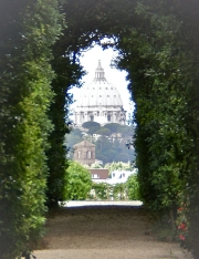 Wonderful peephole through Knights of Malta garden frames St. Peter's dome